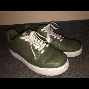 Nike Air Force 1, Olive Green, Size 9.5